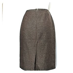 Ann Taylor Houndstooth pattern skirt